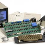 布雷克古董拍賣行:現在有機會將第一款蘋果電腦收入囊中